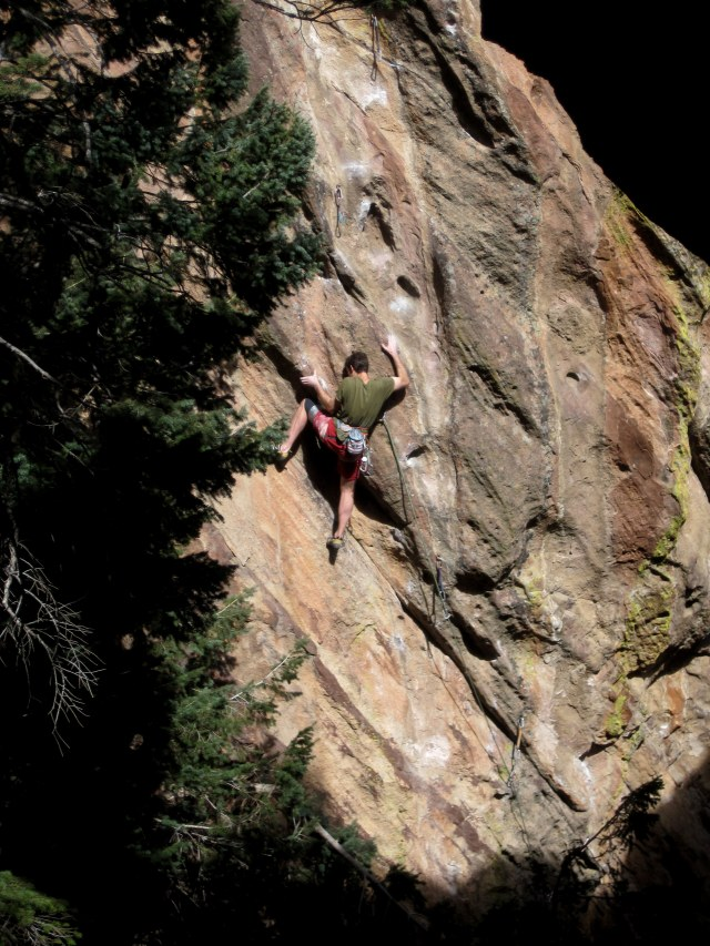Knee bar Jedi Bart Paul showing us what he does best in the Flatirons...